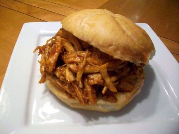Pulled-Barbecue-Chicken-Sandwich