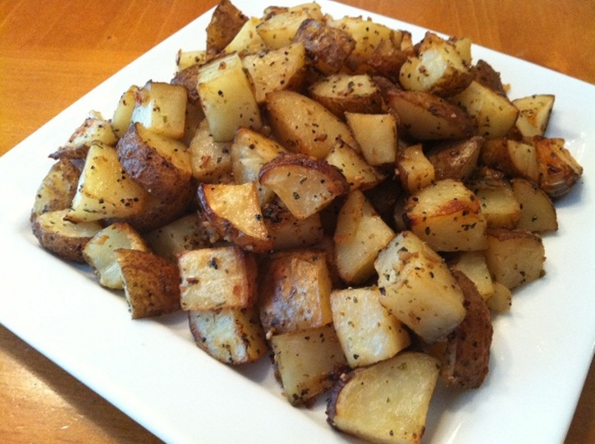 Roasted Garlic Potatoes Recipe | Feature Dish