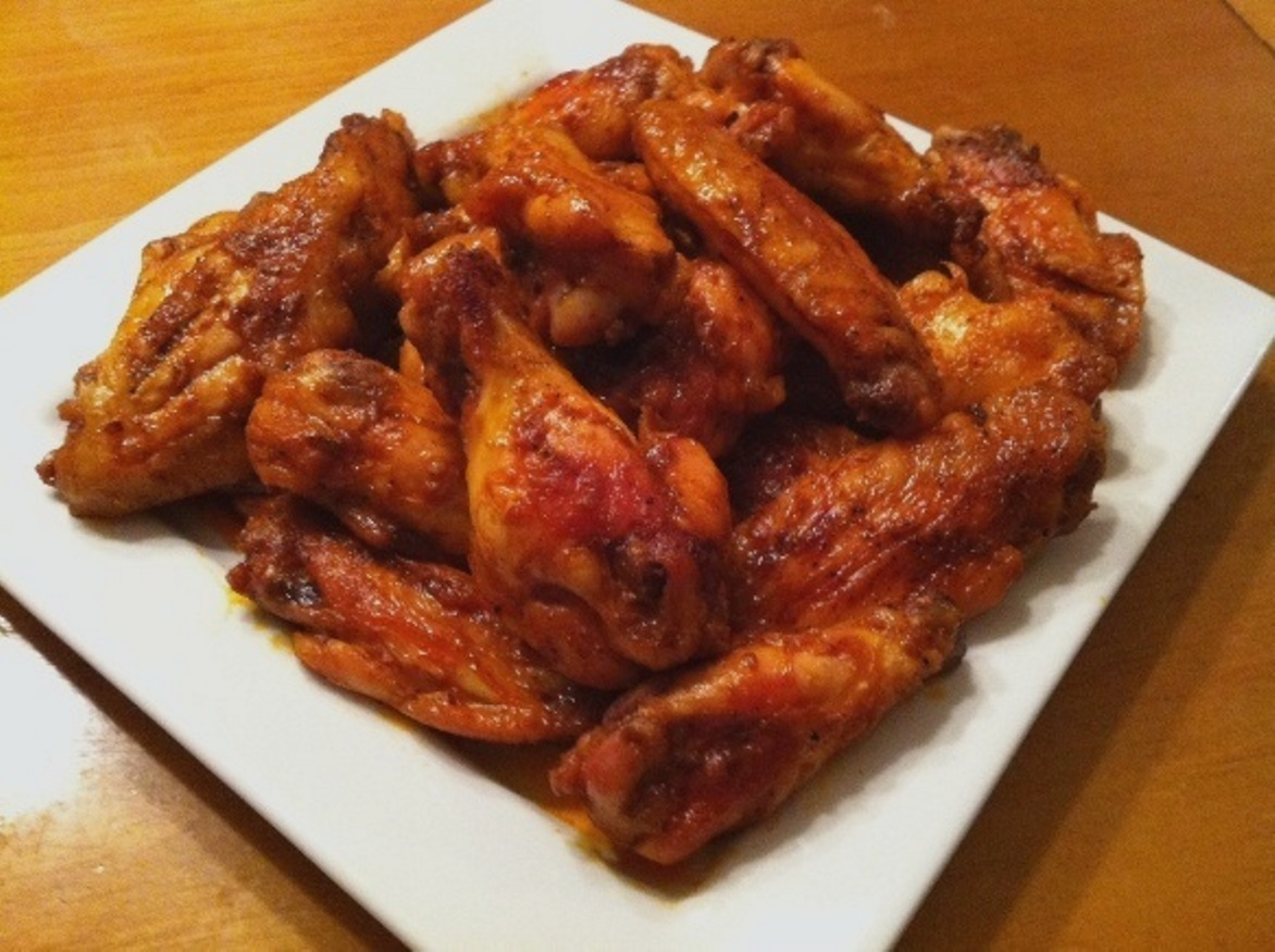 baked buffalo chicken wings recipe feature dish. Black Bedroom Furniture Sets. Home Design Ideas