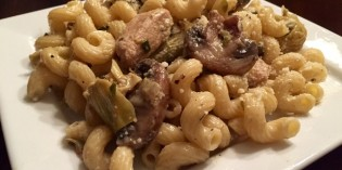 Pasta with Chicken, Mushrooms, and Artichokes